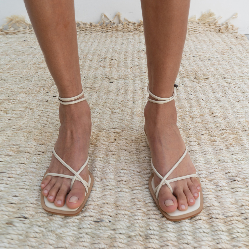 NEW ROPE SANDAL [C0S01 IV]