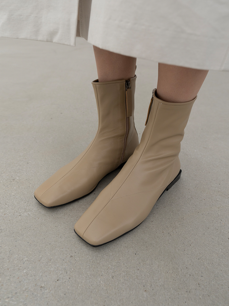 SIMPLE FLAT BOOTS[C0F08 BE]