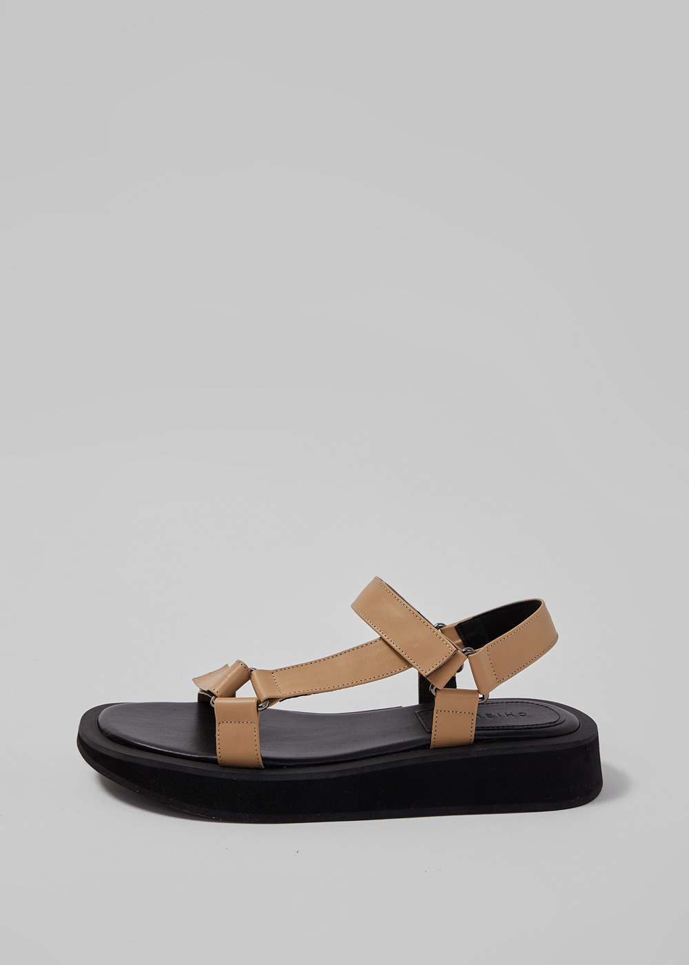 GO-OUT SANDAL [C1S06 TN]