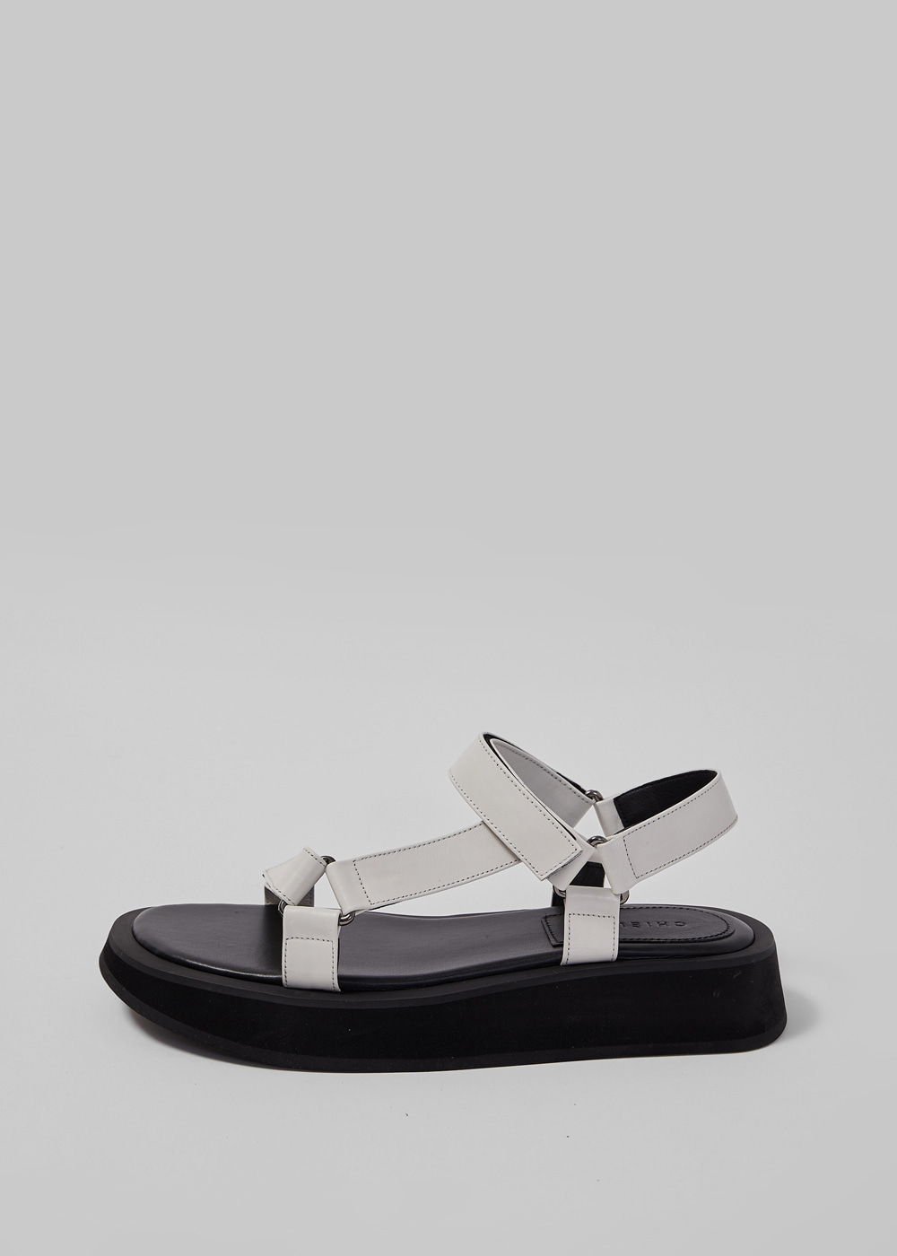 GO-OUT SANDAL [C1S06 WT]